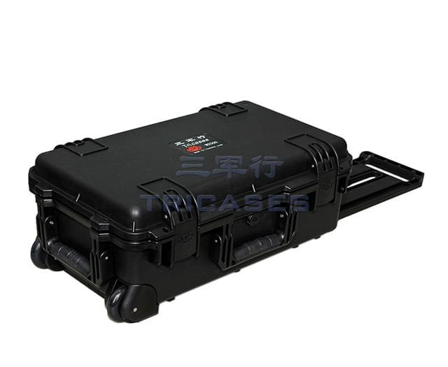 M2500 wheeled camera case