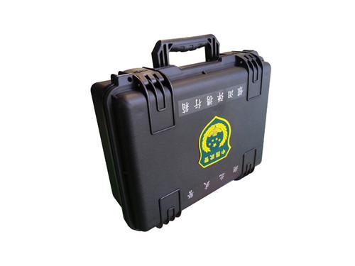 Tear bomb case
