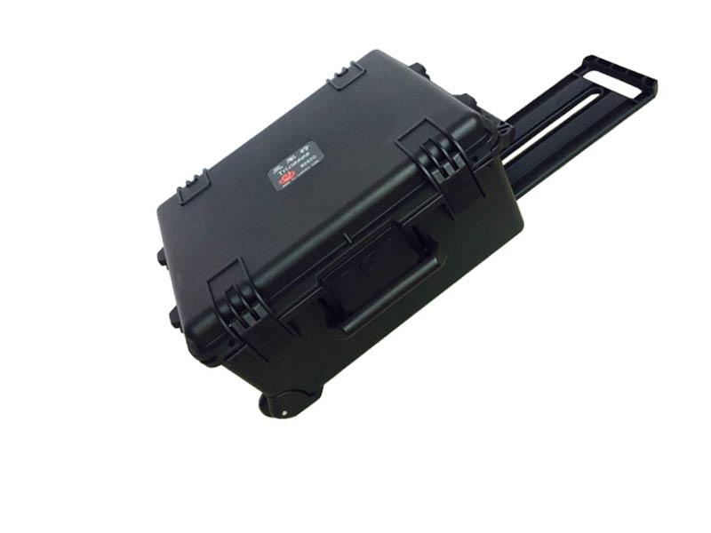 26 inch wheeled case M2620